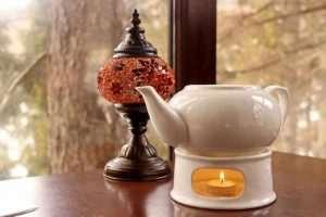 Stöchen mit Kanne - aus Keramik