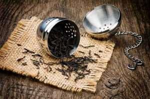 Typisches Tee-Ei zur Zubereitung von Tee